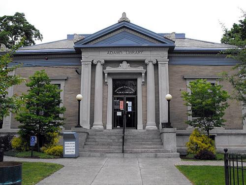 Adams Memorial Library